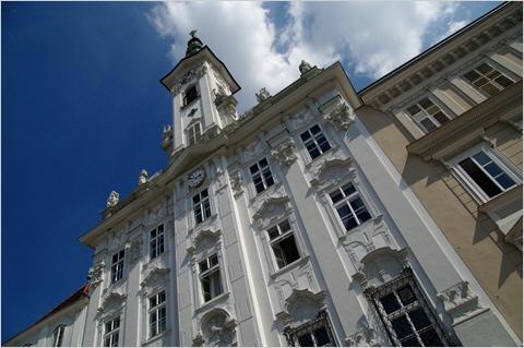 Steyr - Das Rokoko-Rathaus am Stadtplatz