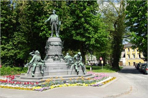 Steyr - Denkmal des Industriellen Josef Werndl